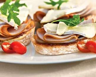 Président® Brie, Ham & Fig Sandwich
