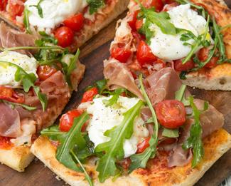 Galbani® Mozzarella & Prosciutto Pizza