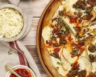 Galbani® Sweet Sausage & Apple Pizza